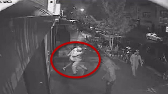 3 thugs rob woman in crown heights